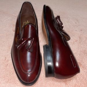 NWOT Johnston and Murphy Tassel Loafers